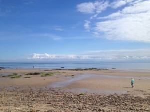 Lower Largo beach. Starfish Taxi Tours from St Andrews